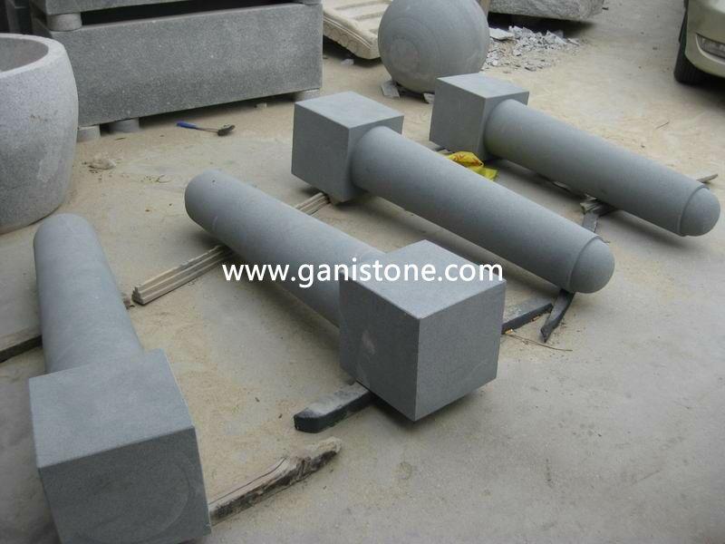 Dark Grey Granite Car Packing Stone Barriers